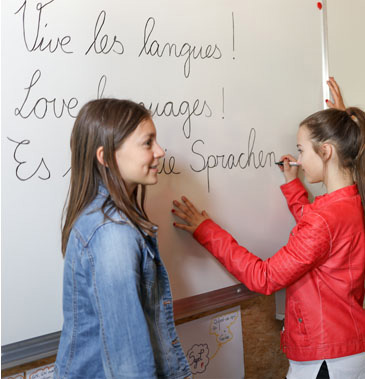Languages at Mont-Olivet